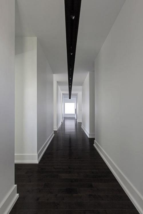 大豪邸の長い廊下_[0].jpg